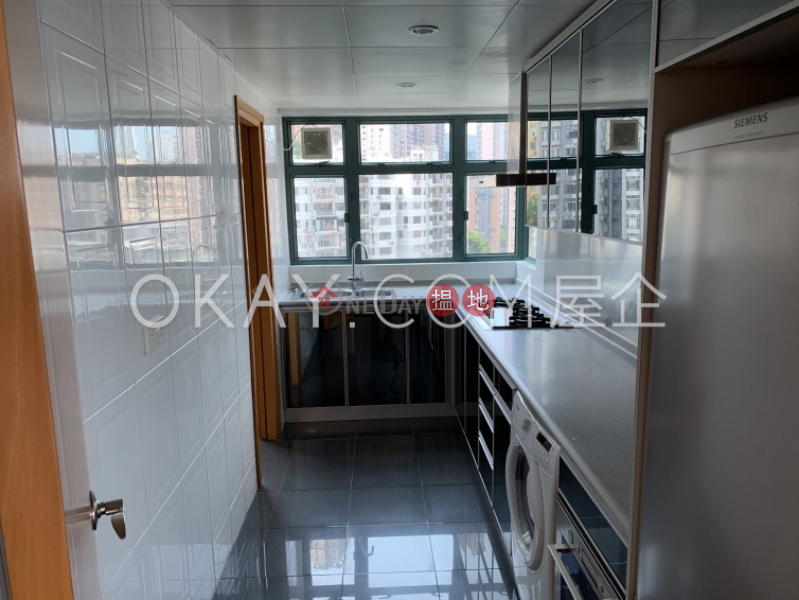 HK$ 45,000/ month   80 Robinson Road Western District Stylish 3 bedroom on high floor with harbour views   Rental