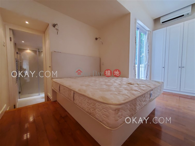 Popular 1 bedroom with rooftop & balcony | Rental | 15 Shelley Street 些利街15號 Rental Listings