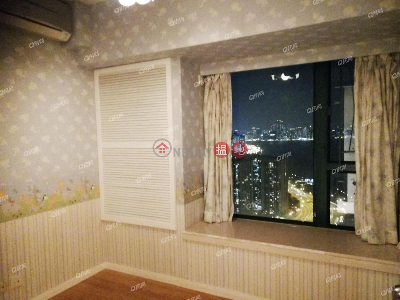 Property Search Hong Kong | OneDay | Residential | Sales Listings, Tower 3 Grand Promenade | 3 bedroom Mid Floor Flat for Sale