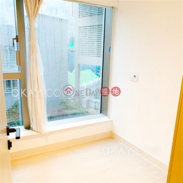 HK$ 33,000/ month On Fung Building, Western District, Popular 2 bedroom with balcony | Rental