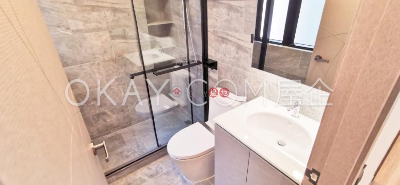Gorgeous 3 bedroom with harbour views & balcony | Rental | Haywood Mansion 海華大廈 Rental Listings