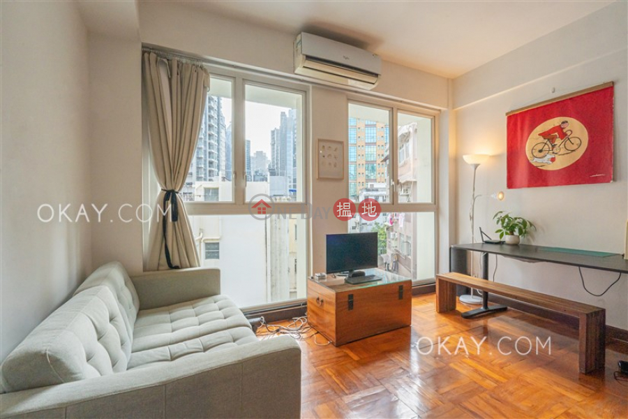 Lovely high floor with rooftop | For Sale 17-19 Aberdeen Street | Central District Hong Kong Sales | HK$ 11.5M