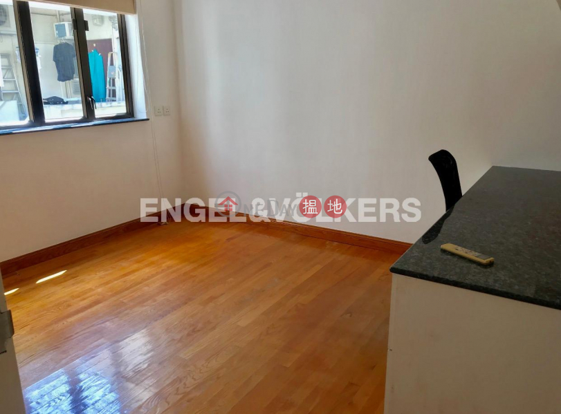 HK$ 56,000/ month | Best View Court Central District, 2 Bedroom Flat for Rent in Central Mid Levels