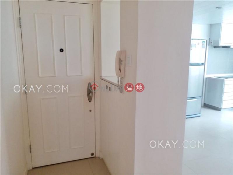 3房3廁,實用率高,連租約發售,露台《藍塘大廈出售單位》1-3藍塘道   灣仔區 香港-出售HK$ 1,900萬