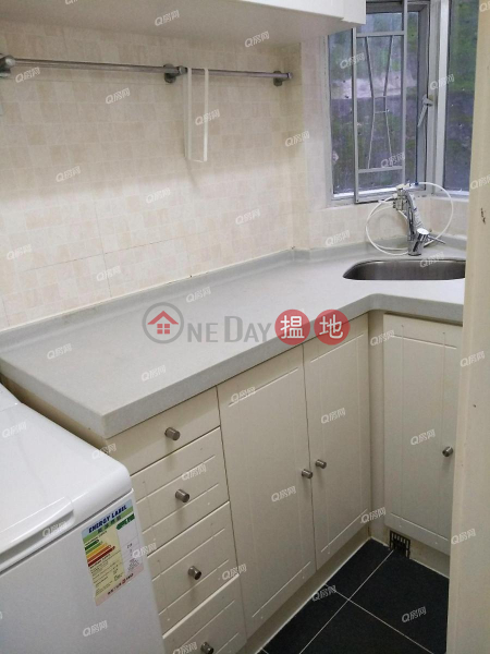 HK$ 14,500/ month, Smithfield Terrace Western District, Smithfield Terrace | Low Floor Flat for Rent