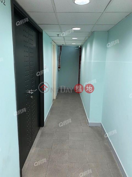 Tung Chai Building | Flat for Rent, 86-90 Wellington Street | Central District | Hong Kong Rental | HK$ 24,000/ month