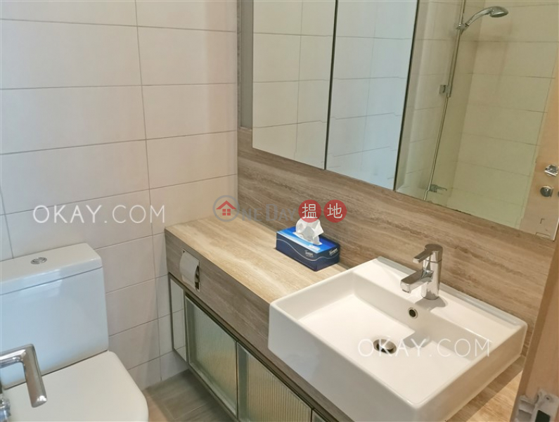 Luxurious 2 bedroom with balcony | For Sale | Island Crest Tower 1 縉城峰1座 Sales Listings