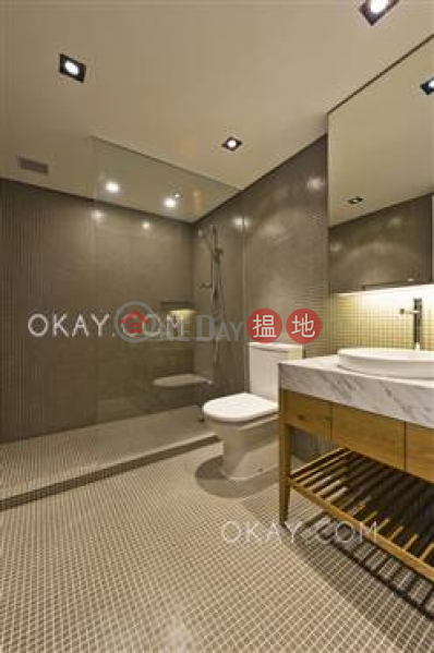 Unique 1 bedroom in Wong Chuk Hang | For Sale, 4 Heung Yip Road | Southern District | Hong Kong, Sales HK$ 40M