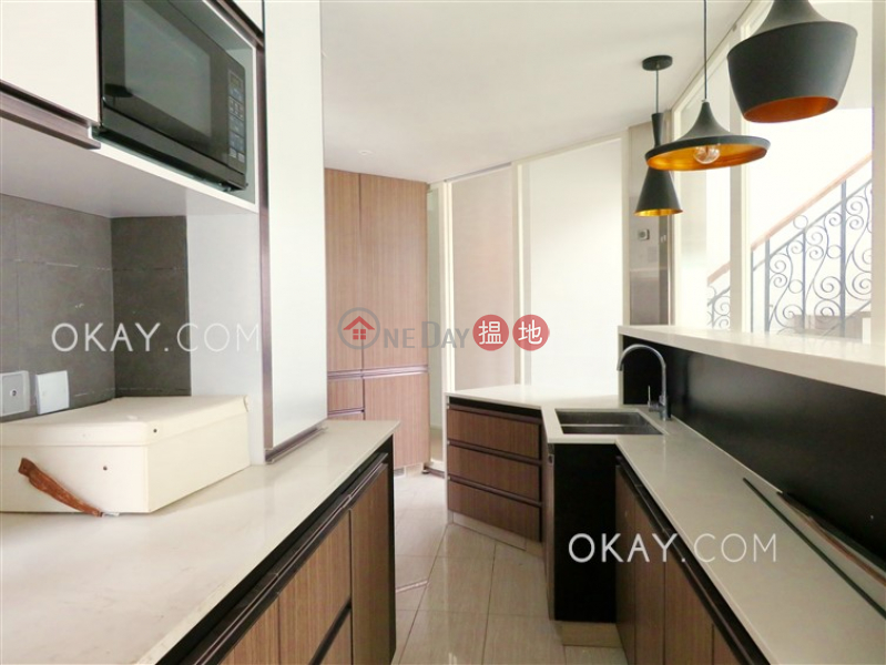 Gorgeous 3 bedroom on high floor with balcony & parking | For Sale | Tower 2 The Astrid 雅麗居2座 Sales Listings