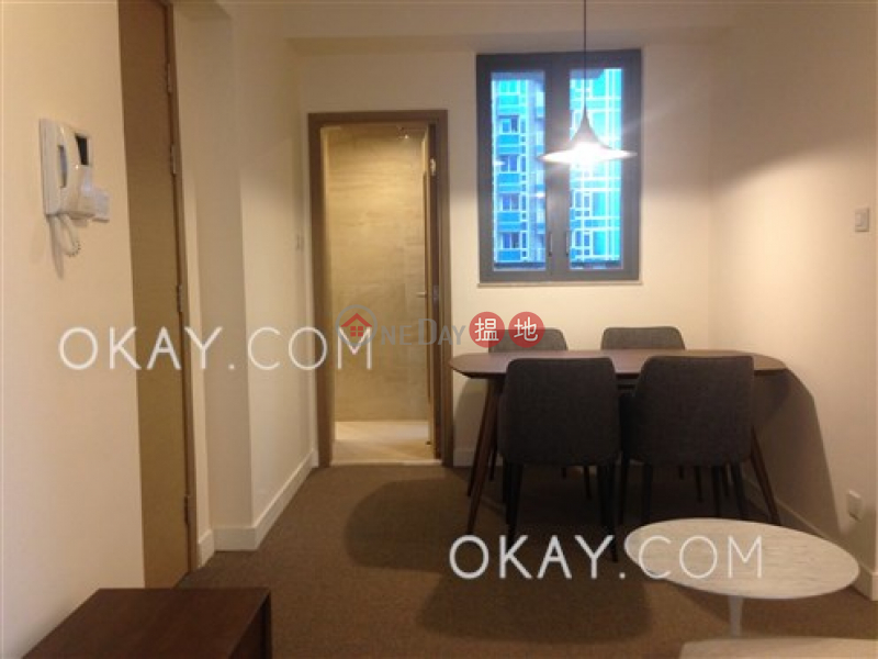 HK$ 25,200/ month, 18 Catchick Street Western District | Unique 2 bedroom with balcony | Rental