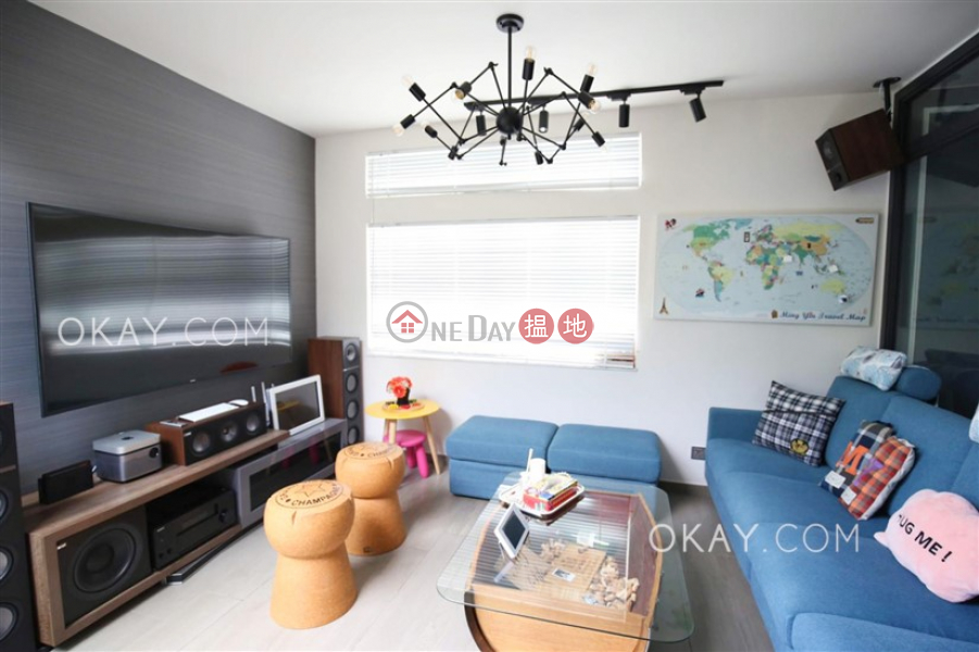 Stylish 3 bedroom on high floor with terrace | For Sale, 100 Shing Tai Road | Eastern District, Hong Kong Sales | HK$ 16M