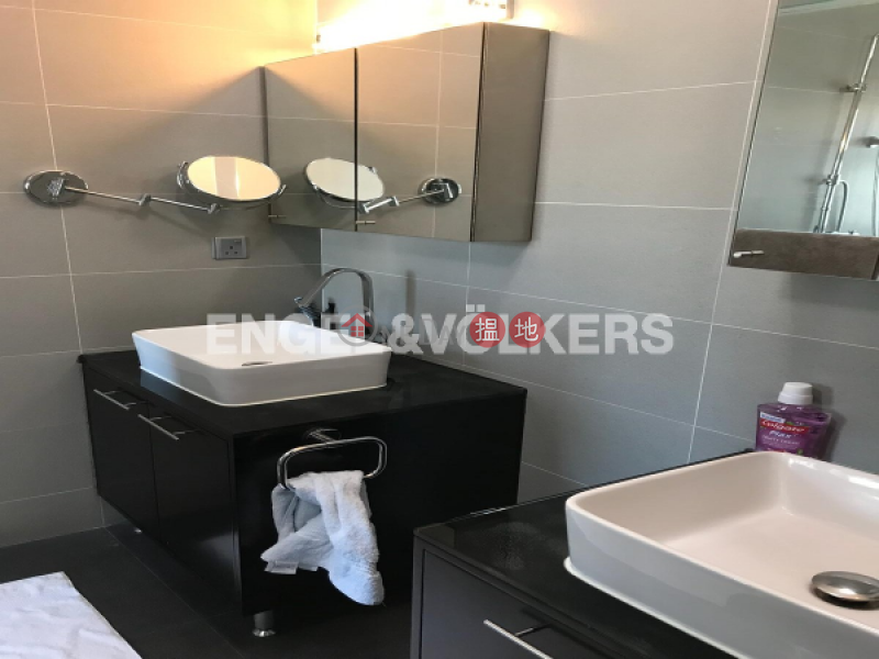 3 Bedroom Family Flat for Sale in Mid Levels West | Conduit Tower 君德閣 Sales Listings