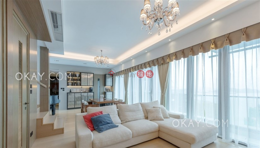 Property Search Hong Kong | OneDay | Residential, Rental Listings | Lovely penthouse with sea views, rooftop & balcony | Rental