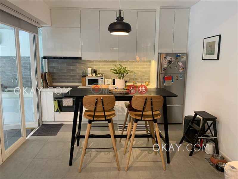 Popular 3 bedroom with terrace & parking | For Sale | Grand Court 嘉蘭閣 Sales Listings