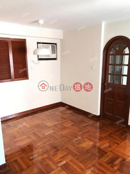Kennedy Town Centre | 3 bedroom Low Floor Flat for Rent, 38 Kennedy Town Praya | Western District, Hong Kong Rental | HK$ 29,700/ month