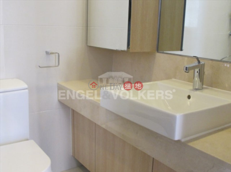 HK$ 38,000/ month The Icon, Western District 2 Bedroom Flat for Rent in Mid Levels West