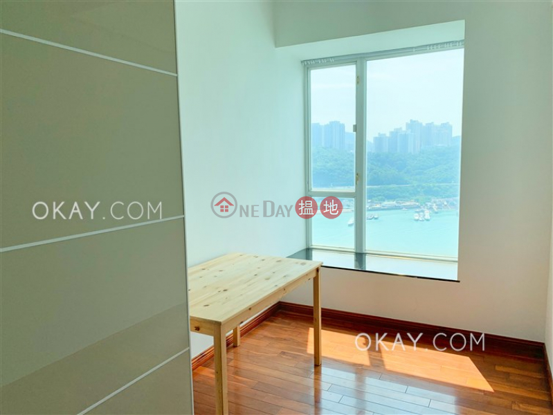 HK$ 34,000/ month | One Kowloon Peak, Tsuen Wan, Gorgeous 4 bed on high floor with sea views & balcony | Rental