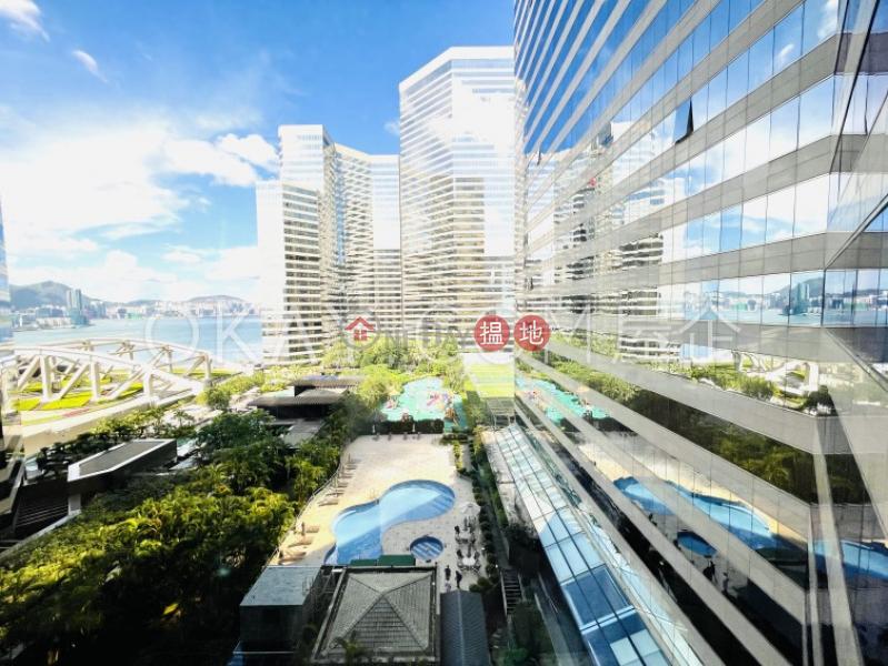 1房1廁,極高層,星級會所會展中心會景閣出售單位|會展中心會景閣(Convention Plaza Apartments)出售樓盤 (OKAY-S82181)