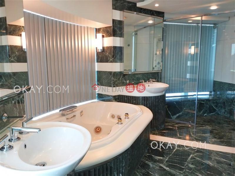 3房3廁,極高層,星級會所,連車位《曉廬出租單位》|曉廬(High Cliff)出租樓盤 (OKAY-R45249)