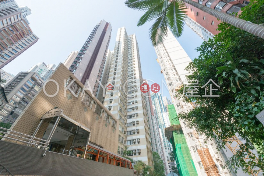 HK$ 26,500/ month | Floral Tower | Western District | Unique 3 bedroom in Mid-levels West | Rental
