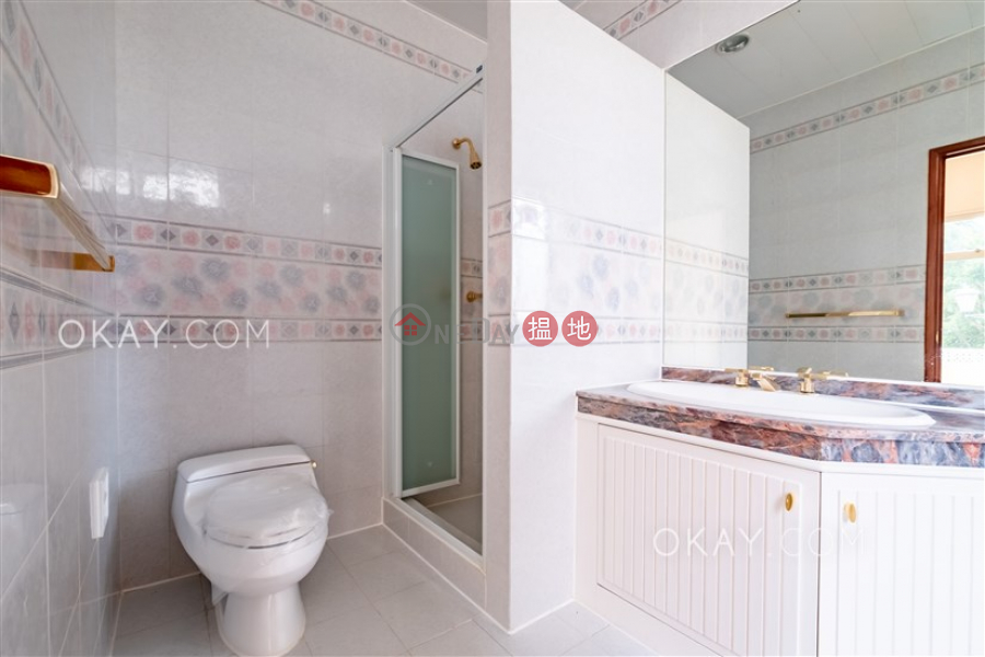 HK$ 115,000/ month Redhill Peninsula Phase 2 Southern District, Luxurious house in Tai Tam | Rental