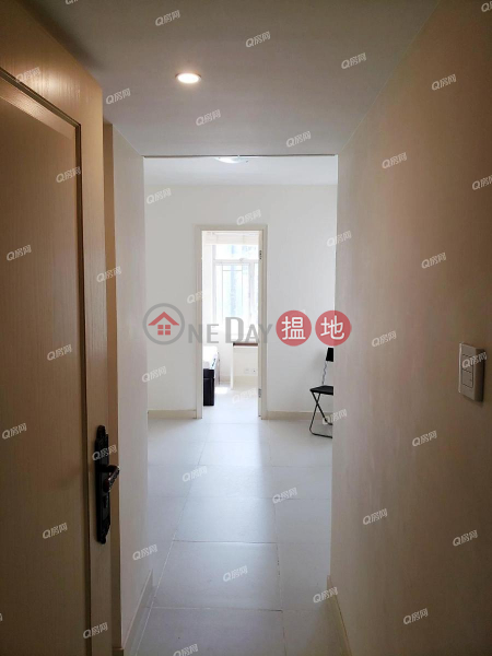 Property Search Hong Kong | OneDay | Residential, Sales Listings | Block B Sun Sing Centre | 1 bedroom Mid Floor Flat for Sale