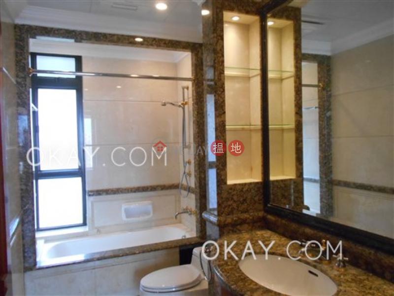 3房2廁,星級會所,可養寵物,連車位《譽皇居出租單位》|12地利根德里 | 中區-香港|出租-HK$ 110,000/ 月