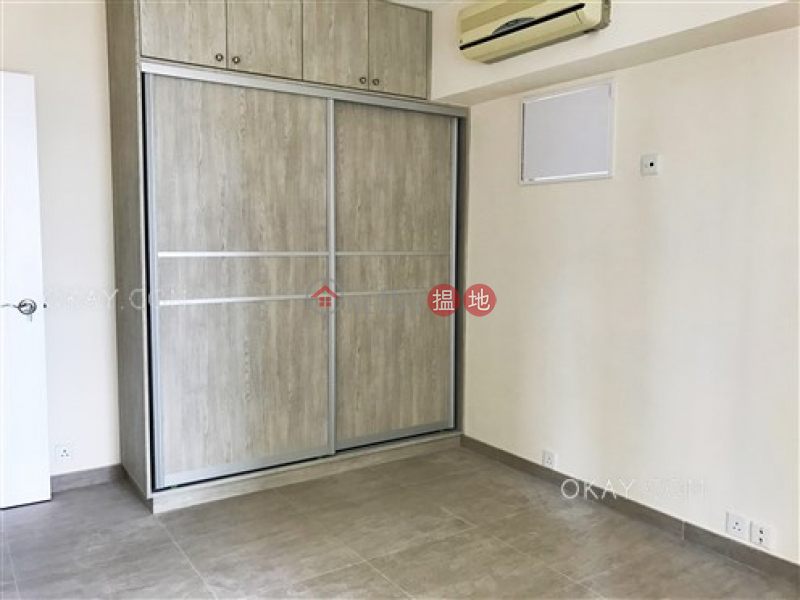 Unique 3 bedroom in Mid-levels West   Rental   Excelsior Court 輝鴻閣 Rental Listings