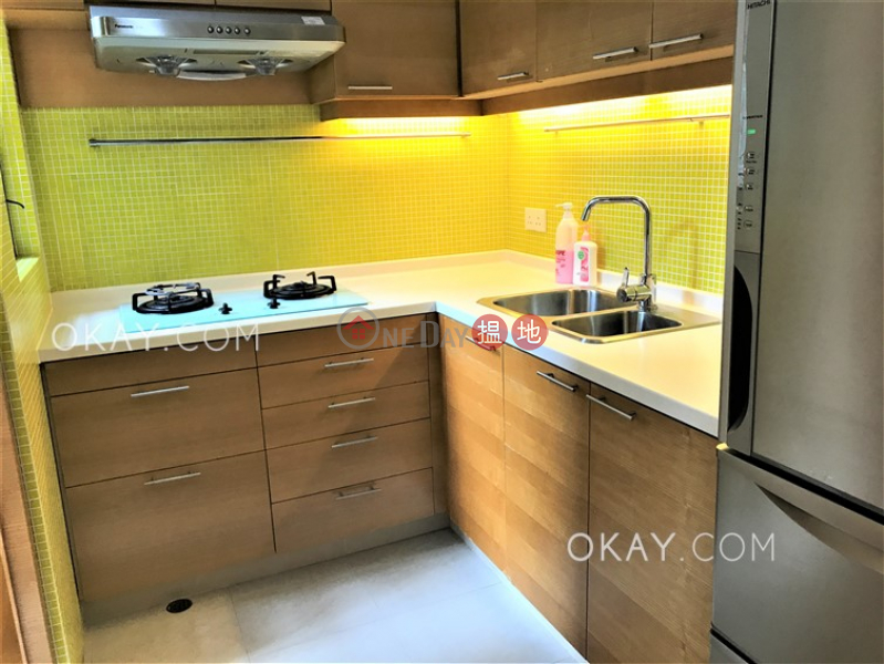 Charming 2 bedroom with parking | Rental, 550-555 Victoria Road | Western District | Hong Kong, Rental HK$ 40,000/ month