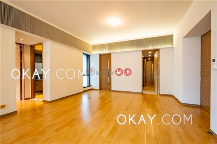 Stylish 2 bedroom with balcony & parking | Rental | No.7 South Bay Close Block A 南灣坊7號 A座 Rental Listings