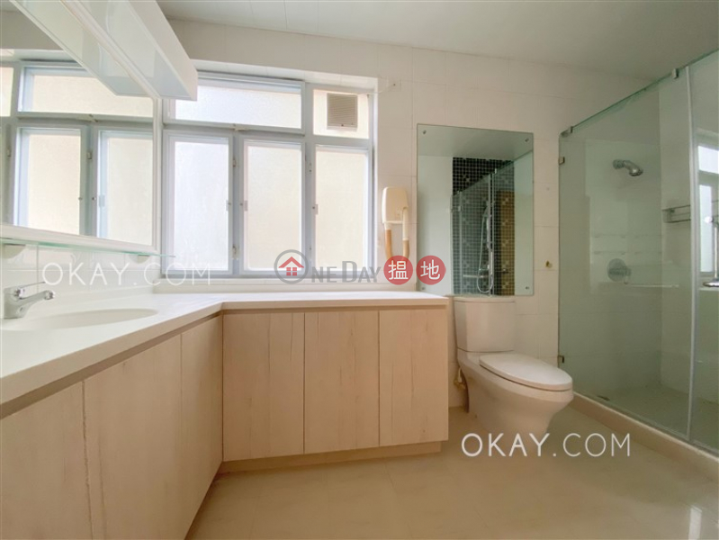 Property Search Hong Kong | OneDay | Residential Rental Listings Exquisite 3 bedroom with balcony & parking | Rental