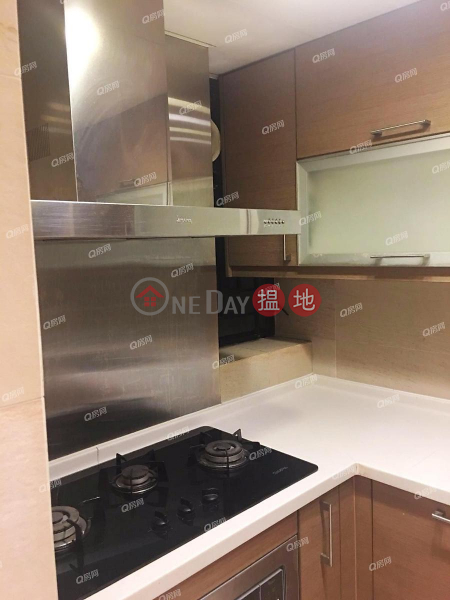 Scenecliff | 3 bedroom Mid Floor Flat for Rent | 33 Conduit Road | Central District, Hong Kong Rental HK$ 49,000/ month