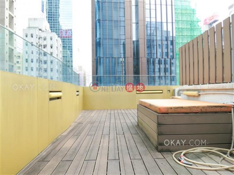 Popular 2 bedroom on high floor with rooftop | For Sale | Paul Yee Mansion 保如大廈 Sales Listings
