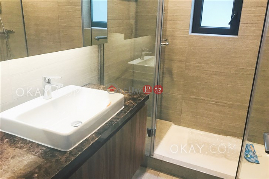 HK$ 133,000/ month, Magazine Gap Towers | Central District | Gorgeous 3 bedroom with balcony | Rental