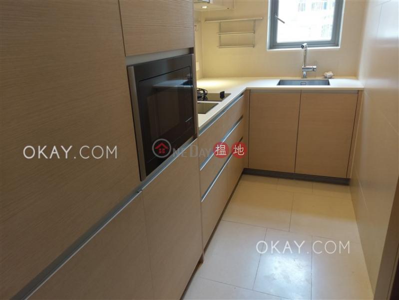 HK$ 31,000/ month SOHO 189 | Western District, Elegant 2 bedroom with balcony | Rental