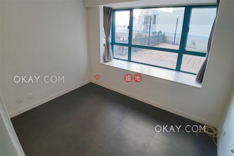 HK$ 25M Prosperous Height | Western District | Lovely 3 bedroom with terrace | For Sale