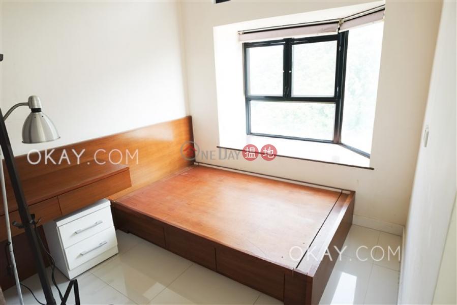 HK$ 25,000/ 月加惠臺(第1座)-西區2房1廁,極高層,星級會所《加惠臺(第1座)出租單位》