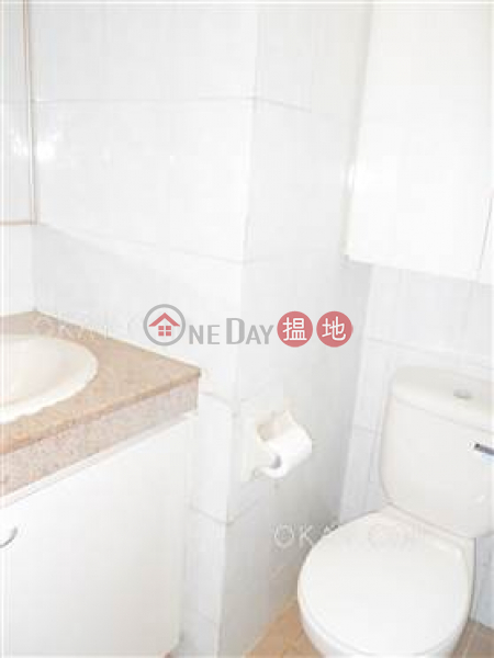 HK$ 2,000萬君德閣-西區-3房2廁,極高層,海景,連車位《君德閣出售單位》