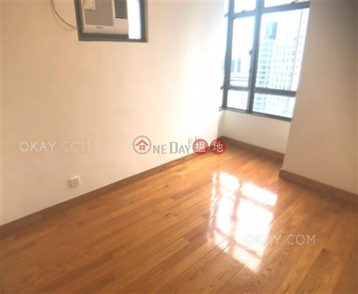 香港搵樓|租樓|二手盤|買樓| 搵地 | 住宅出售樓盤|2房1廁,實用率高,極高層《荷李活華庭出售單位》