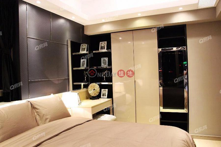 HK$ 19M Harbour Pinnacle, Yau Tsim Mong   Harbour Pinnacle   2 bedroom High Floor Flat for Sale