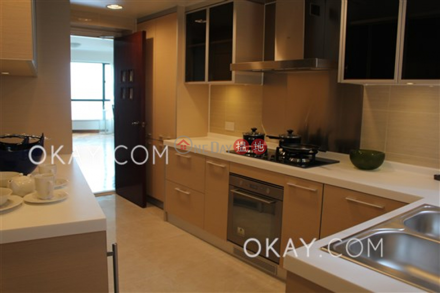 HK$ 122,000/ month | Dynasty Court Central District, Rare 4 bedroom with balcony & parking | Rental