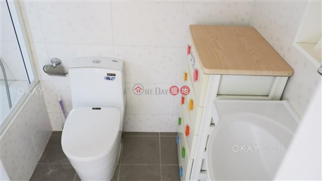 3房2廁,極高層,連車位《龍華花園出租單位》|25大坑徑 | 灣仔區-香港出租HK$ 34,000/ 月