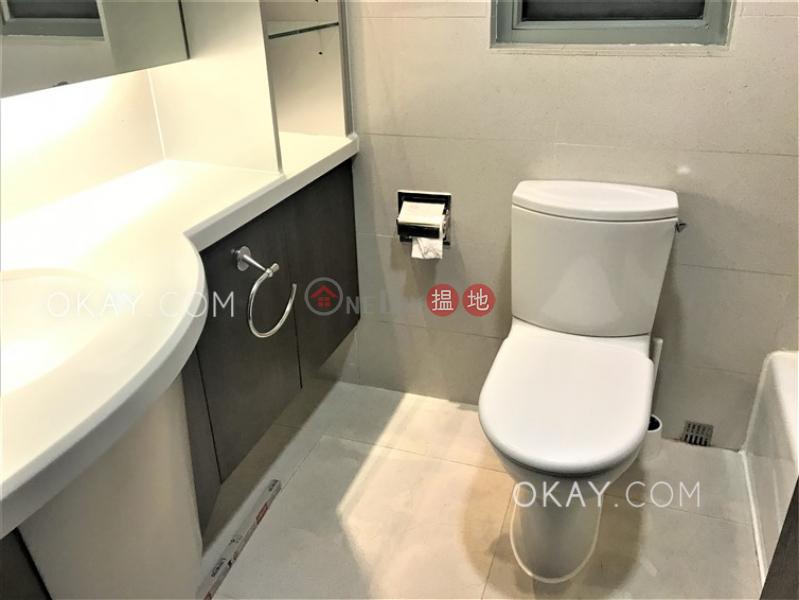 Nicely kept 2 bedroom on high floor | Rental | 117 Caine Road | Central District | Hong Kong | Rental HK$ 35,000/ month
