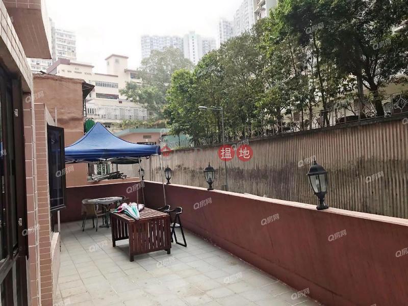 HK$ 17,500/ 月鴻恩大廈東區 內街清靜,環境清靜,特大露台,特色單位《鴻恩大廈租盤》