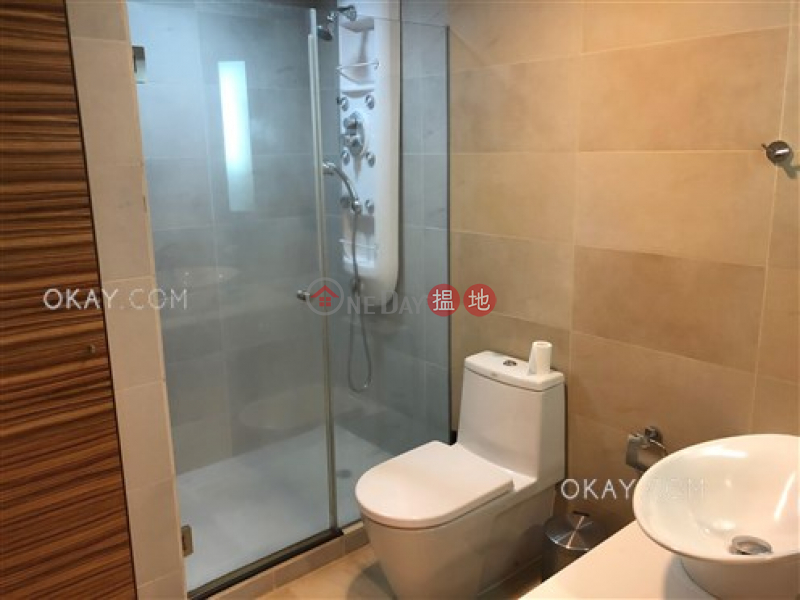 HK$ 18M | Convention Plaza Apartments Wan Chai District, Gorgeous 1 bedroom on high floor with sea views | For Sale