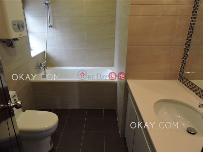 2房2廁,實用率高《輝鴻閣出租單位》|輝鴻閣(Excelsior Court)出租樓盤 (OKAY-R45312)