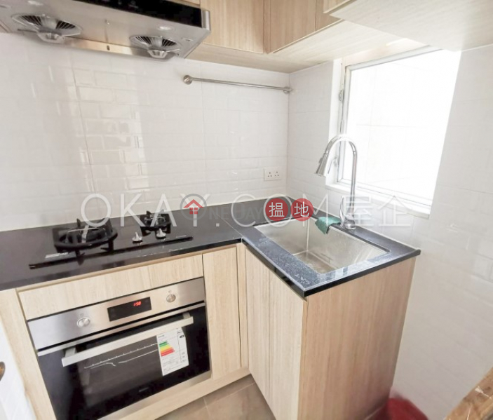 Lovely 2 bedroom in Mid-levels West | Rental | Bonham Court 寶恆苑 Rental Listings