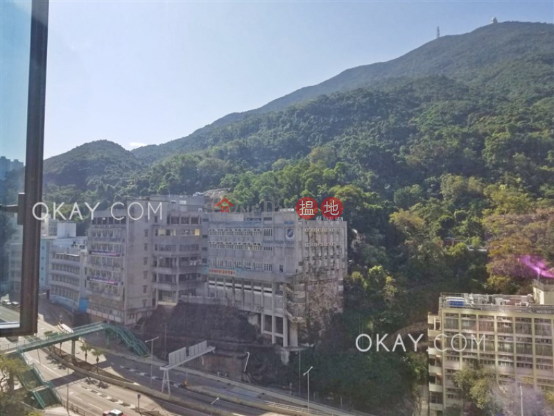 HK$ 26,000/ month Lime Gala Block 1A, Eastern District | Intimate 2 bedroom with balcony | Rental