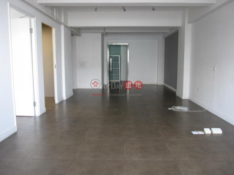 HK$ 35,000/ month, Tung Kwong Building Western District Residential for Rent in Sheung Wan