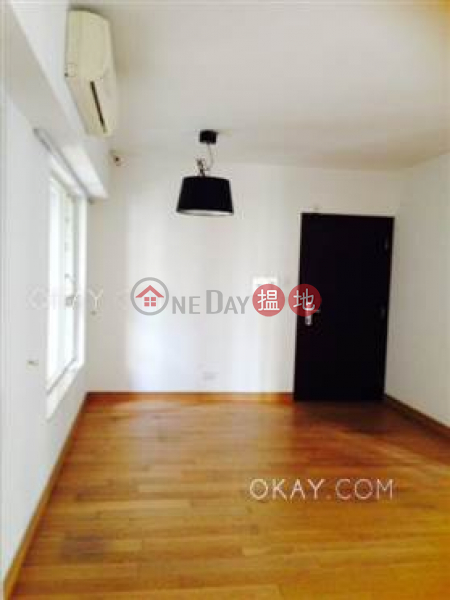 HK$ 17.5M | Centrestage, Central District, Luxurious 3 bedroom with balcony | For Sale